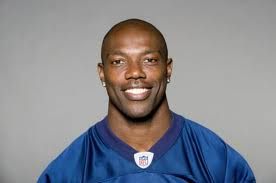 Warrant issued for Terrell Owens' arrest